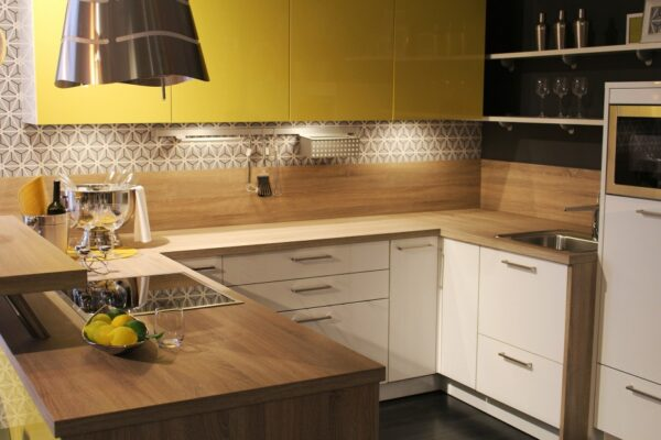 Open vs. Closed Kitchen – Which is Right For You?