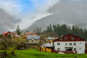 Buying a second home in Uttarakhand: Pros and cons