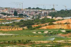 NGT allows redevelopment work around Qutab Golf Course