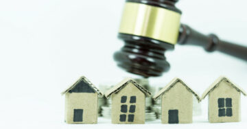 Illegal constructions: Madras HC pulls up local administration authorities