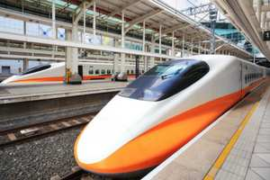 Modi, Japanese PM lay foundation stone for Ahmedabad-Mumbai bullet train