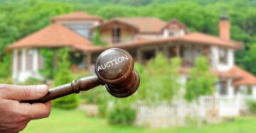 SC orders sale of unencumbered assets of Unitech's directors