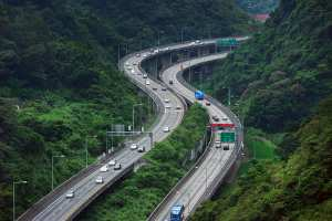 Delhi Dehradun Expressway to be operational by 2025