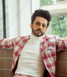 Dussehra 2018: How are your favourite celebrities doing up their homes Dheeraj Dhoopar