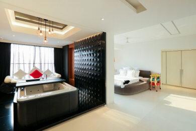 Perfect minimalism: Hussain and Tina Kuwajerwala's home