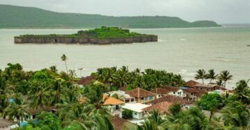 Mahindra Lifespaces signs pact with Maharashtra, to develop tourist destination in Murud