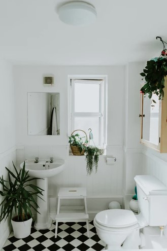 Bathroom design ideas for small and large homes