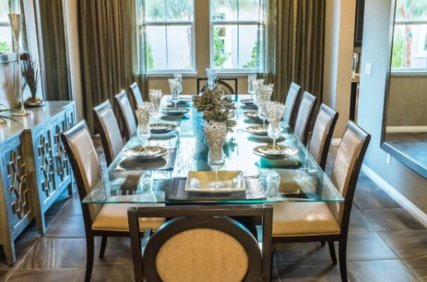 Design ideas for small and large dining rooms