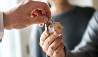 Should you take loans from family members to buy a house?