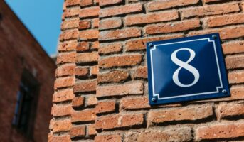 House number numerology: Significance of house number 8