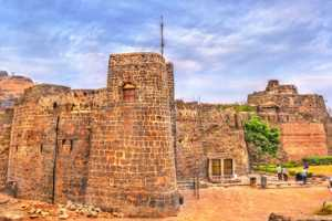 Daulatabad Fort: An imposing structure with historical significance