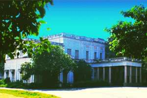 Warren Hastings' Belvedere House in Kolkata: Where legends and ghost stories abound