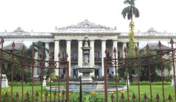 Marble Palace Kolkata: A residence built with 126 types of marbles
