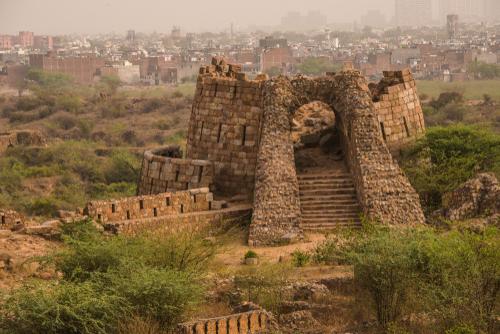 तुगलकाबाद किला दिल्ली