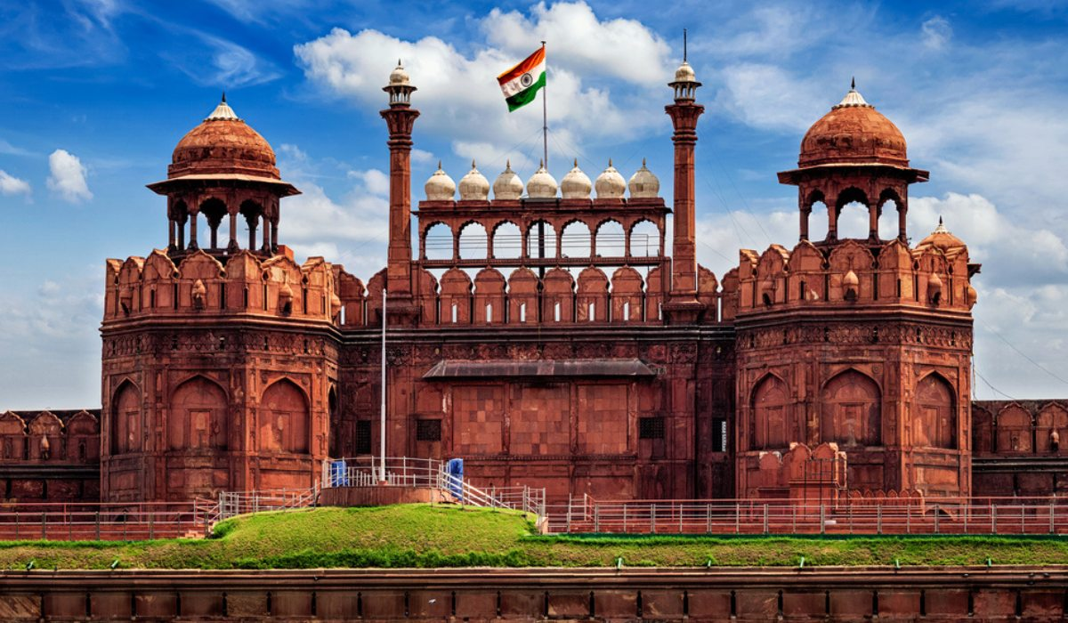 Delhi Red Fort: Lal Kila / Qila History, Timings & Interesting Facts