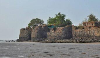 Kolaba Fort, Alibaug: A historical landmark amid the Arabian Sea